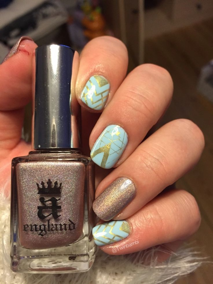 @appeal4 Baby Tears with A England Her Rose Adagio, stamped with gold polish from Born Pretty Store, stamping plate from there as well.