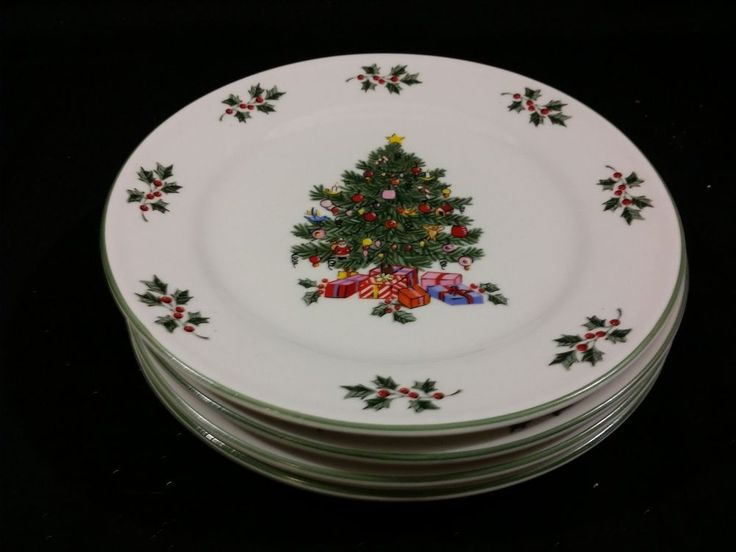 New ~ Gibson Noel Morning Christmas Tree Dishes ~ Lot / Set of 4 Salad Plates & 103 best CHRISTMAS PLATES images on Pinterest | Christmas dishes ...