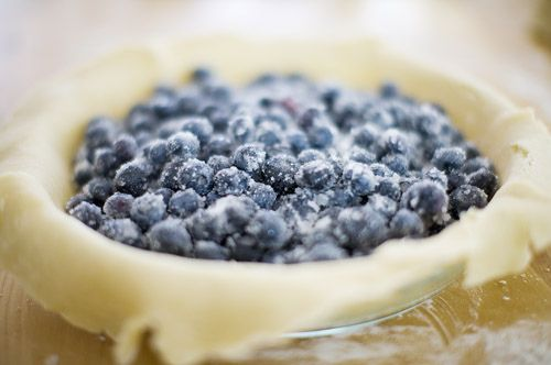 The Pioneer Woman's MAMA'S blueberry pie recipe. Yes.