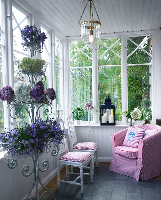 Scandinavian Country : A spring sun porch year round with pink, white and green