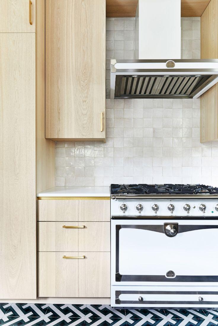 Oakland House Redmond Aldrich Design Light Wood Cabinets In Kitchen Wood Kitchen Kitchen Cabinets Wood Cabinets