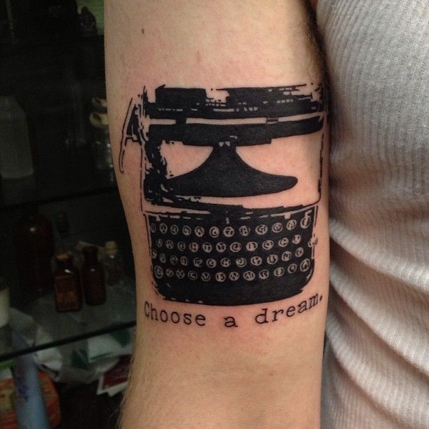 So fun! This is his actual typewriter that he writes stories with! #typewriter #tattoo #typewritertattoo #photoshop #stencilart #cooltattoo #workingclassart Thanks @the_beer_barr0n for the photoshop help