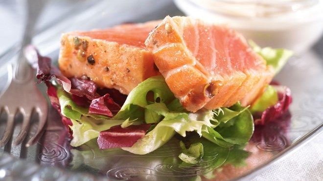 Lohipastrami ja wasabikastike