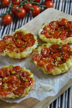La Cucina di Stagione: Tarte Tatin ai pomodorini, pesto e capperi