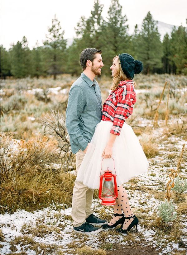 Camping chic engagement photos for those adventurous couples!