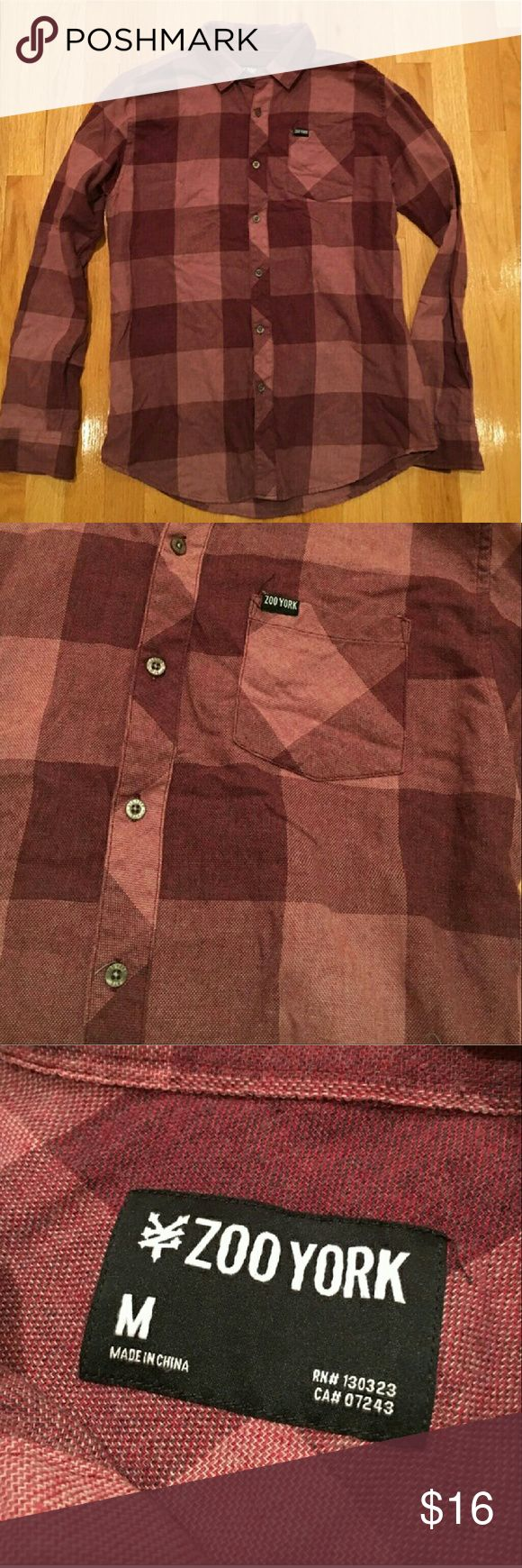Zoo York casual button down 👒Excellent condition. 60% cotton and 49% polyester Zoo York Shirts Casual Button Down Shirts