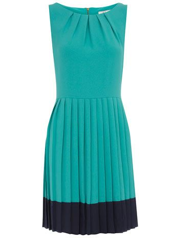 loving this two-toned pleated number.