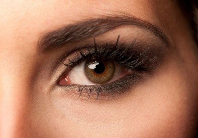 Zwarte of bruine mascara: welke kleur past het mooist bij jou?
