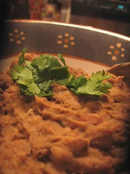 Great refried beans recipe. An easy recipe for authentic Mexican Frijoles refritos!