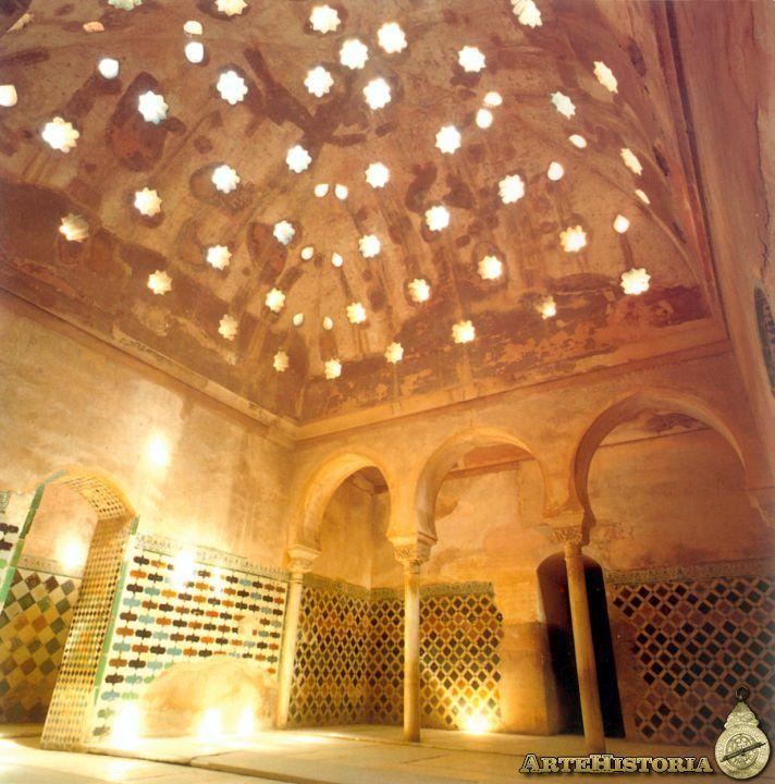 204 best medieval places moyenage images on pinterest - Banos arabes palacio de comares ...