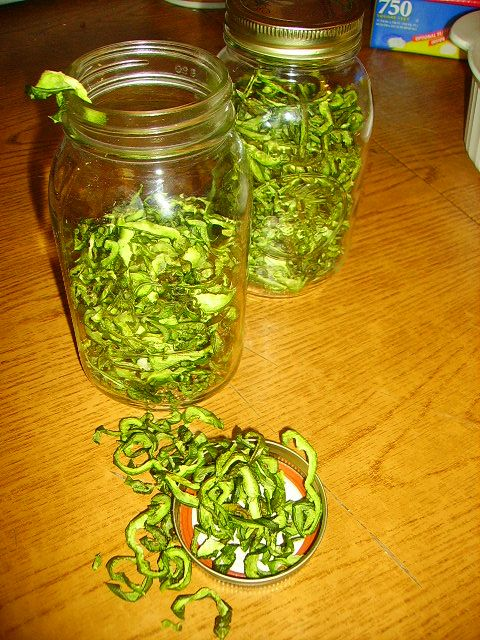 Dehydrating Green Peppers