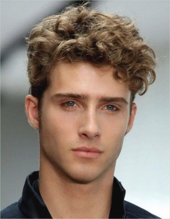 Frisuren Männer Mit Locken Haar Lockiges Haar Männer Lockige