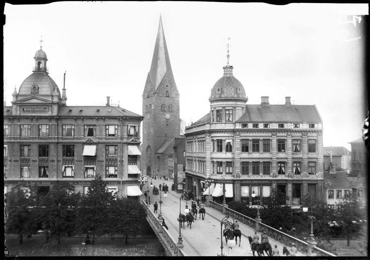 Dyk med ned i billedarkivet og se det gamle Aarhus.