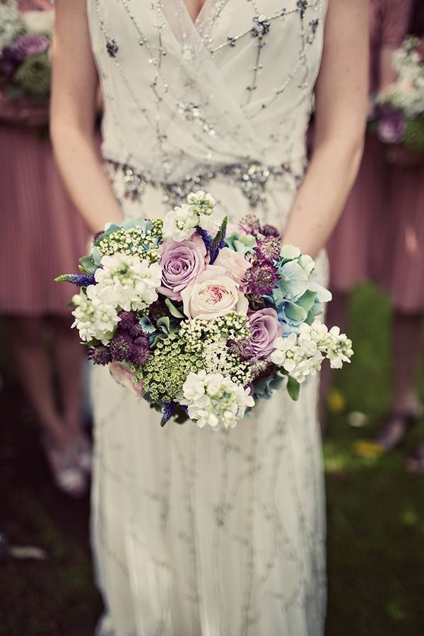 Old Fashioned Flowers Muted Colours And Details Make For Gorgeous Vintage Style Bridal