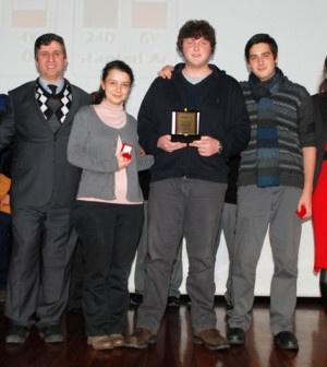 """İstanbul Maltepe Üniversitesi tarafından düzenlenen """"Liseler Arası Matematik – Geometri – Fen Bilimleri Bilgi Yarışması"""" 07-11 Ocak 2013 tarihleri arasında Dr. Reşit Galip Salonu'nda gerçekleşti. Bu yıl ikincisi düzenlenen yarışmaya 110 okul başvuru yaptı. Yarışma; matematik, geometri...      Kaynak: http://www.kartal24.com/2013/01/page/9/#ixzz2JolML7KH"""