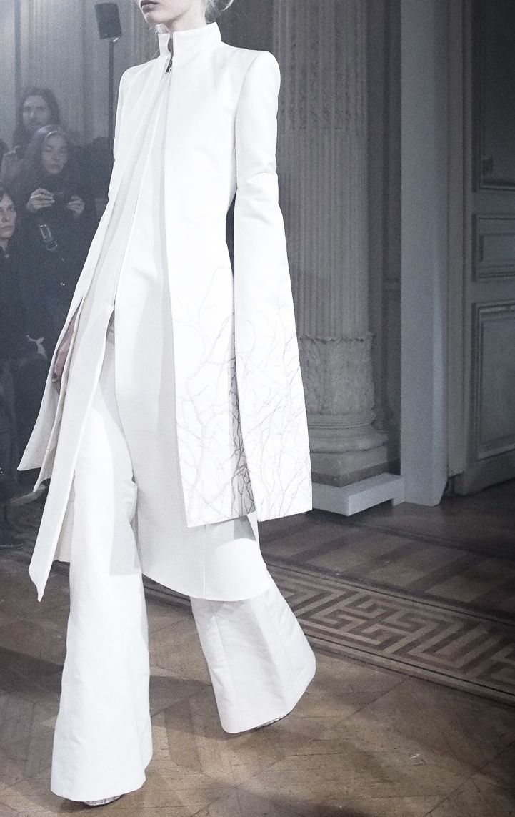 Gareth Pugh | Fall/ Winter 2013. Gratefully repinned by RokStarroad.com
