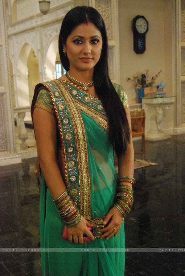 TV Actor Hina Khan as Akshara beautiful in Saree in Soap 'Yeh Rishta Kya Kehlata Hai '
