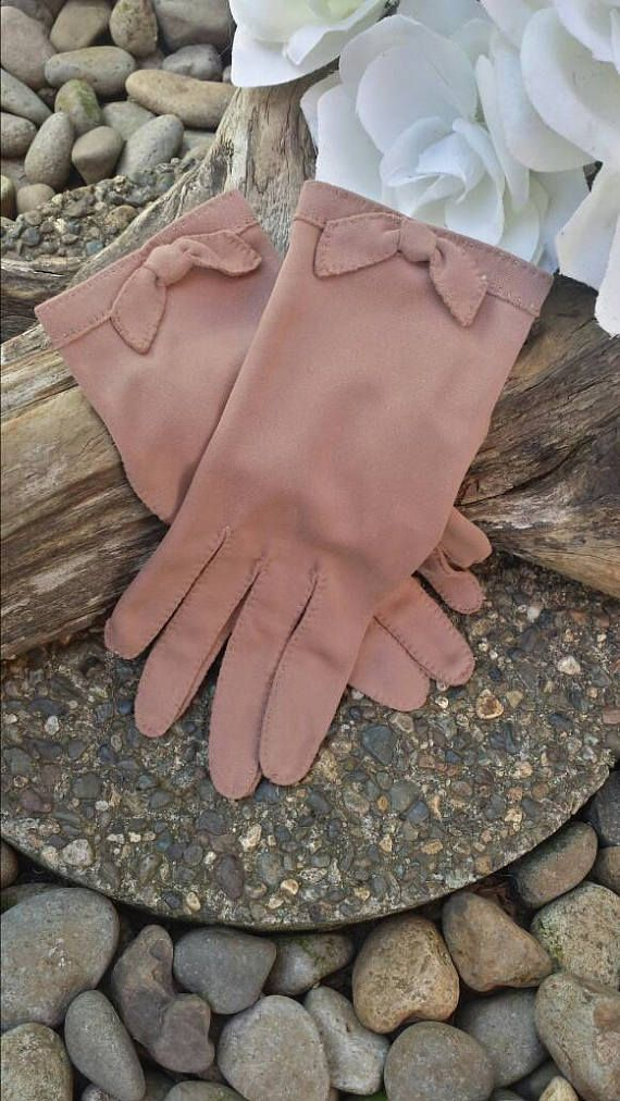 Brown girls gloves with bows/brown bow gloves/vintage