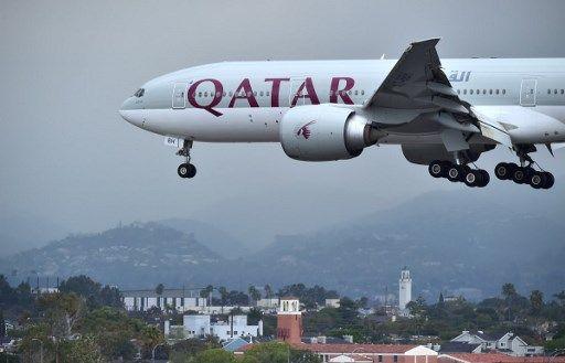 Qatar Airways suspende este lunes todos sus vuelos a Arabia Saudí