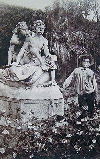 Il giardino inglese di Palermo in una foto di Wilhelm von Gloeden (1856-1931)