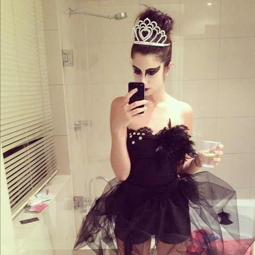 Omg Black Swan costume! Sooo want to be this