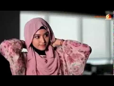 Cara Memakai Jilbab Pasmina  Cara Memakai Jilbab Modern Pashima Simple  Hal-hal yang harus dilakukan, adalah:  Persiapkan dalaman jilbab / c...