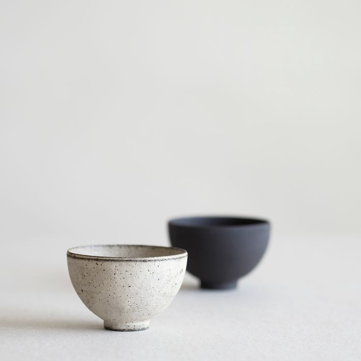 Ceramic bowls | minimalist goods delivered to you quarterly @ minimalism.co #minimal #style #design