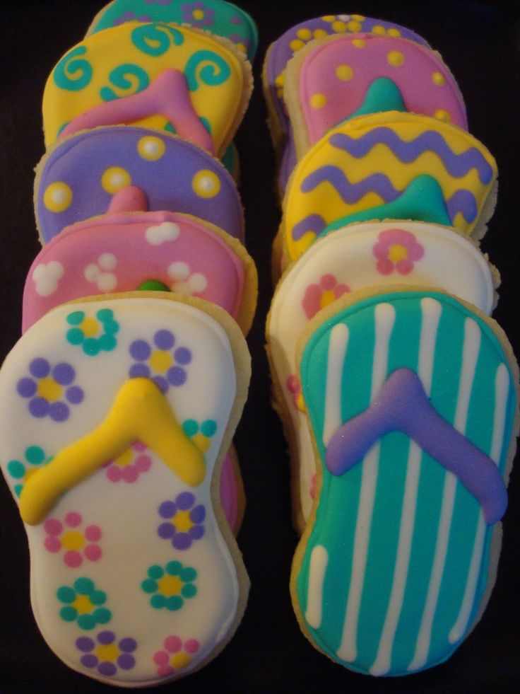 beach themed cookies   think these flip flop cookies are probably my favorite cookies that ...