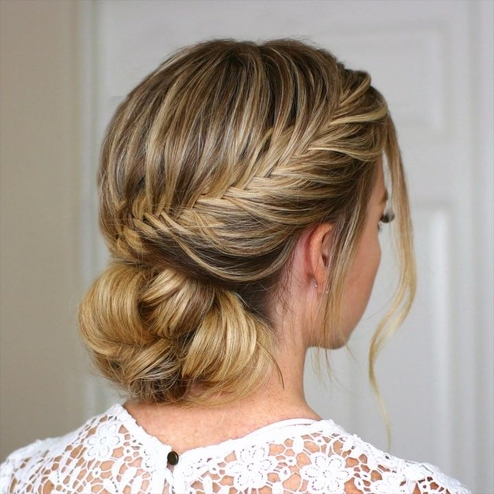 Instead Of Doing Your Same Old Hairstyle For Your New Years Eve Parties Try These 8 Gorgeous Trends They Will Defini Braided Hairstyles Hair Videos Hairstyle