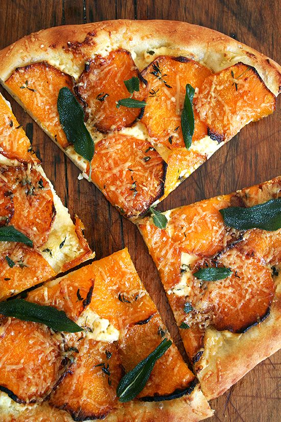 Butternut Squash and Crispy Sage Pizza, Five-Minutes-a-Day Style.