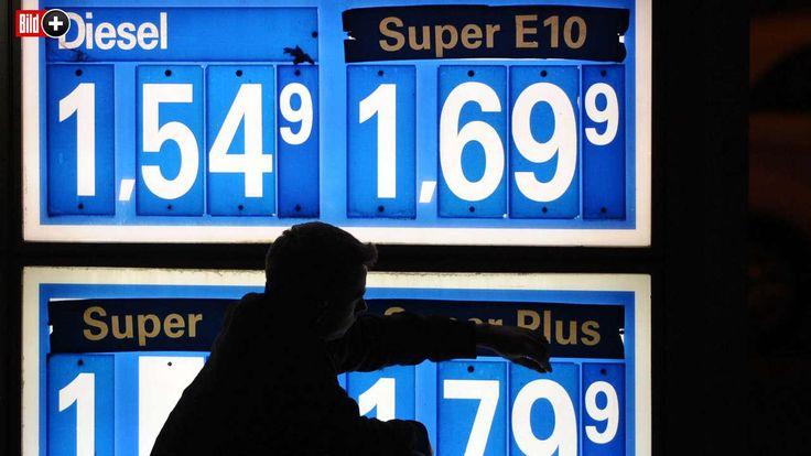 EIN JAHR SPRIT-POLIZEI BEIM KARTELLAMT BILD lüftet das Benzin-Preis-Geheimnis Wann Tanken besonders billig oder teuer ist