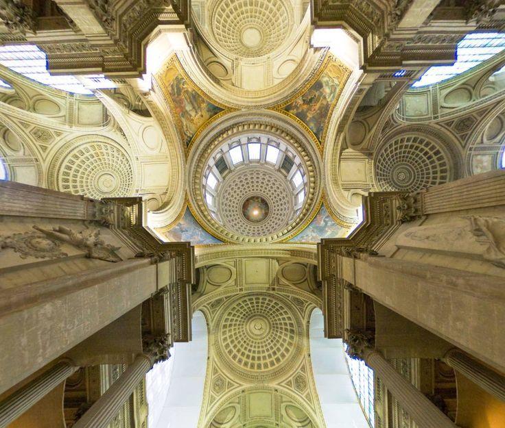 Panthéon (Paris) by Uwe Buecher. https://www.360cities.net/image/paris--le-pantheon#-360.89,-90.00,110.0