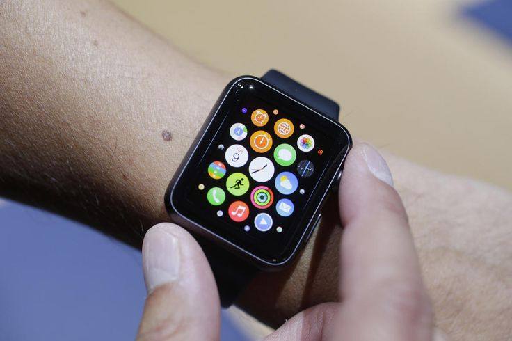 My time's up with Apple watch  I broke up with my Apple Watch. Here were its top five most annoying moments: • Earlier this month I was furiously cooking dinner, scrambling around my kitchen when the phone woke up and alerted me that it was time to stand. http://www.bostonherald.com/business/technology/2016/06/my_time_s_up_with_apple_watch