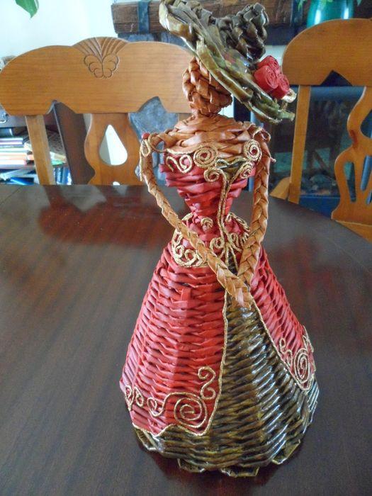 Как сделать газету ткачество dollweaving-куклы-1