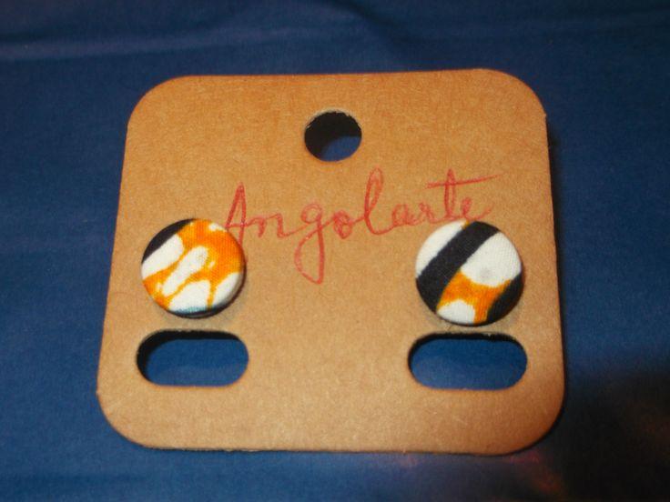 Brinco afro de botão Tamanho 1,56 de diametro