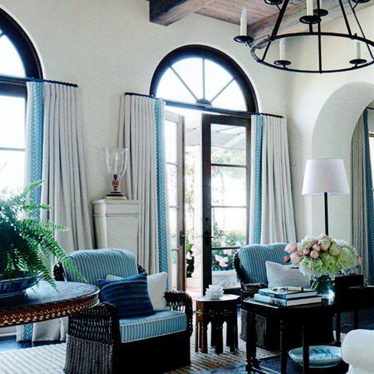 Montecito mark d sikes interiors drape style for Mark d sikes living room