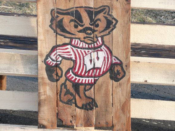 Wisconsin Badgers Pallet Painting by MallettsPalletts on Etsy