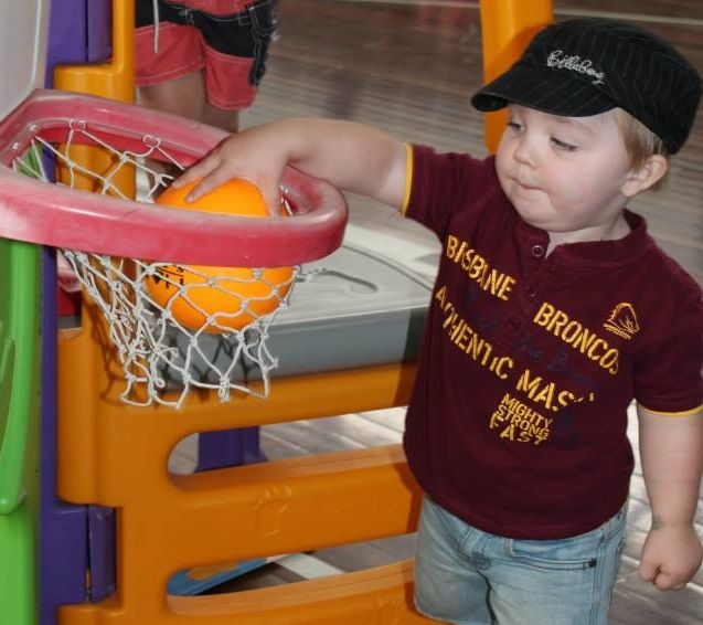 Things to do with kids in Bundaberg. Baby & Toddler Ball Games.  Every Tuesday during School Terms.  Get the kids active while having fun and learning. Join now!