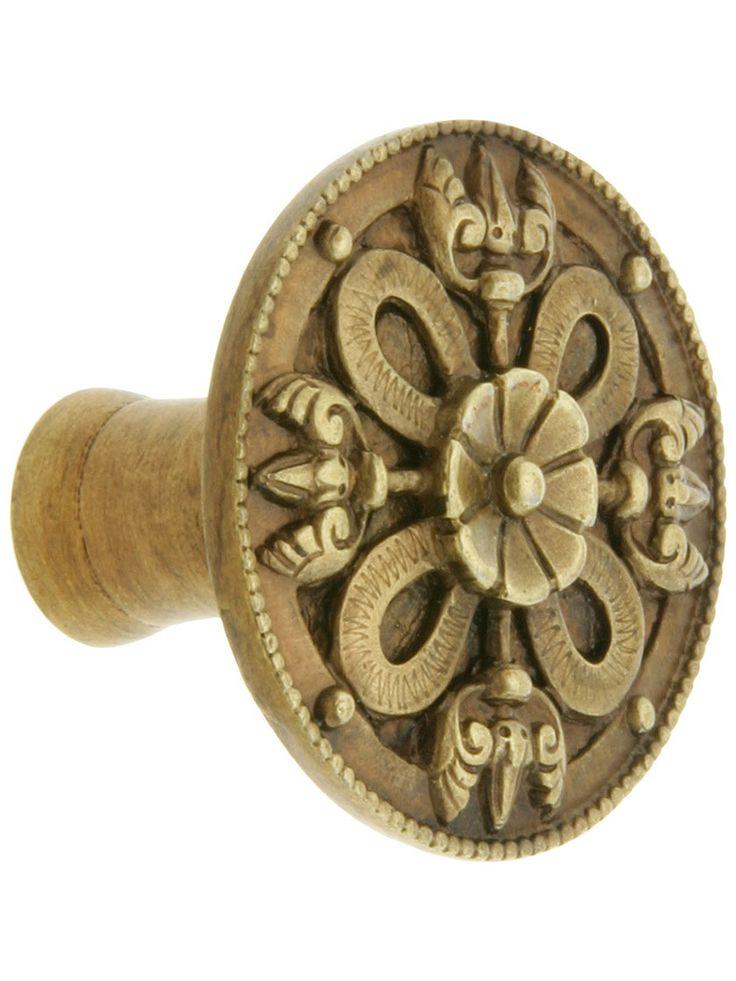 celtic shield knob 1 18 diameter