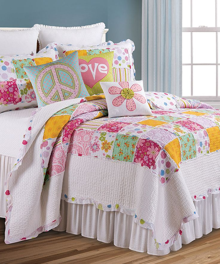 Cute Bedding For A Girl's Room.