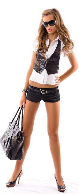 """きれいに痩せるダイエット、ファッションを楽しむようなボディメイク、""""ボディメイク&ダイエット=ファッション""""のコンセプトでダイエットボディメイクは、モデルズ Models 東京渋谷のパーソナルトレーナーおぜきとしあき(尾関紀篤)のパーソナルトレーニング、シェイプス、Shapes、モデルズ、Modelsにお任せください。"""