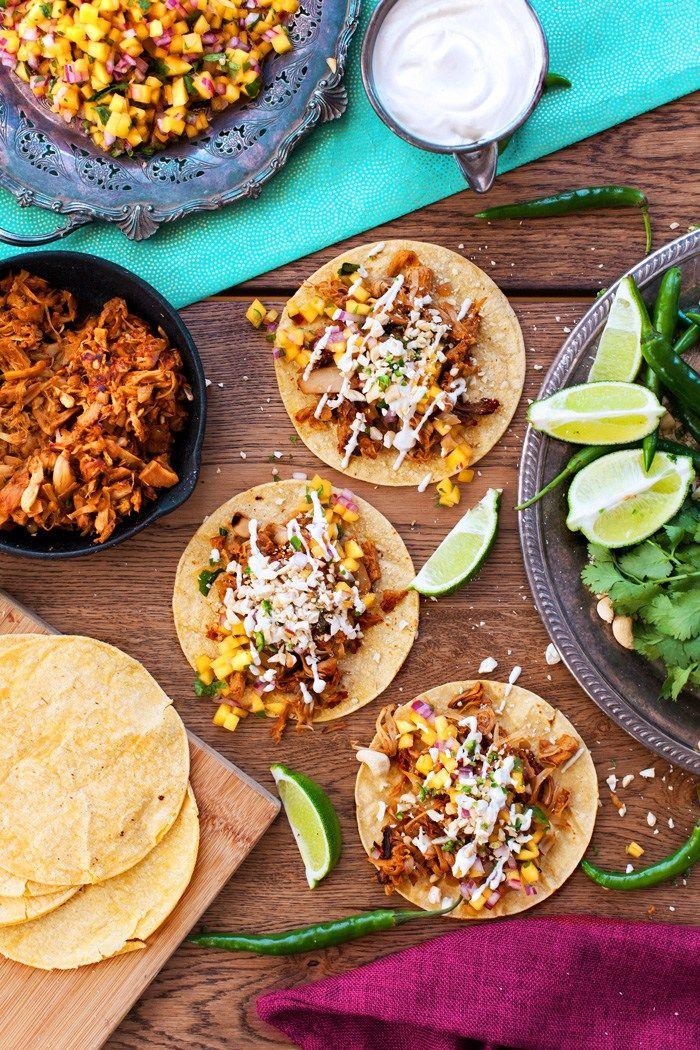 Jackfruit Tacos (Pulled Pork Tacos) | The Edgy Veg