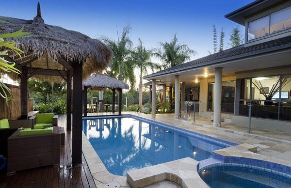 21 Riverbank Court, Ashmore, Queensland, Australia.  Riverfront Home with Picture Perfect Views.  Barry Plant Parkwood