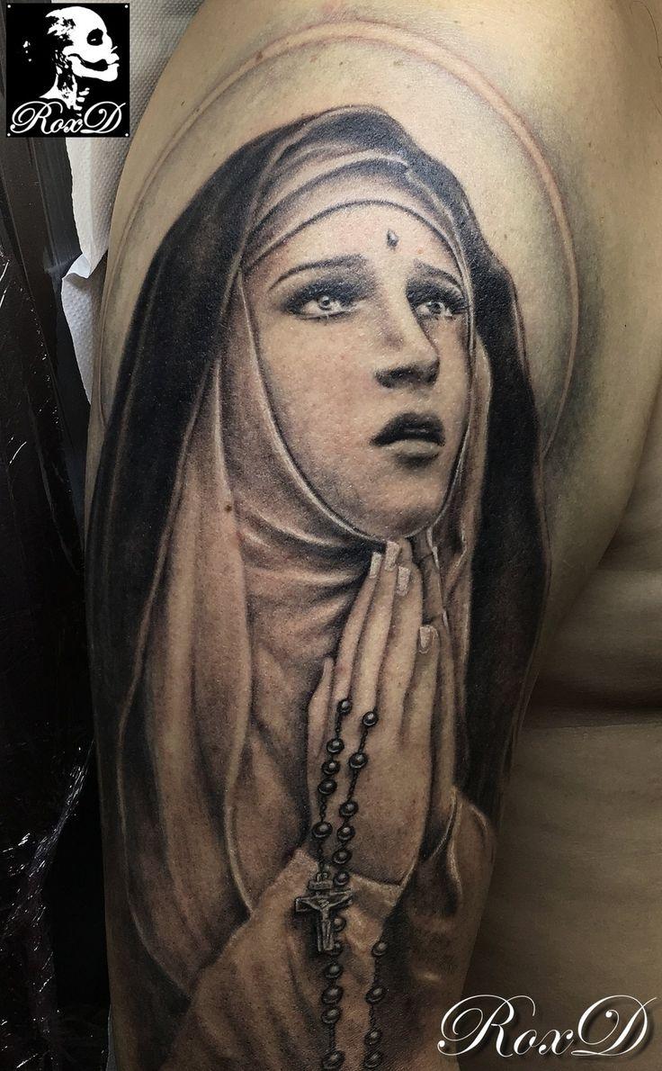 Tatouage portrait de Sainte Rita par RoxD Roxane Duquenne Cristattoo83 Religious Saint portrait tattoo religious tattoo