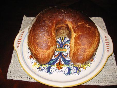Walnut panettone (Cozonac cu nuca) - breadmaker recipe