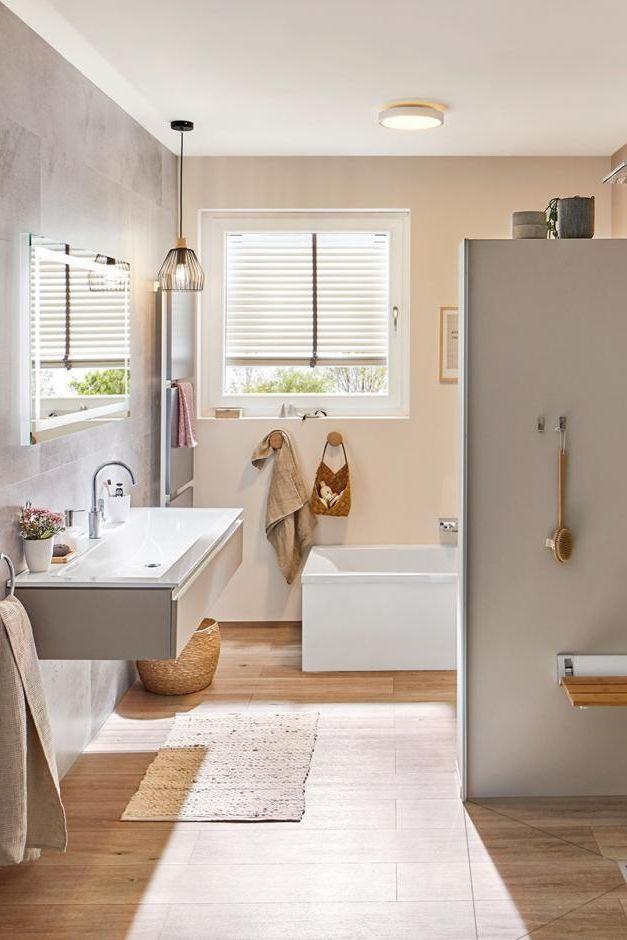 Badezimmerbeleuchtung Ideen Fur Schones Licht In 2020 Badezimmerbeleuchtung Badezimmer Gestalten Beleuchtung