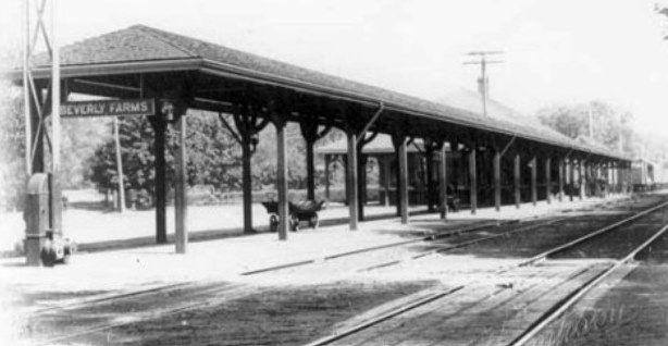 Beverly Farms, Massachusetts, USA Boston & Maine  RR depot.     -  Regency Style architecture  OL