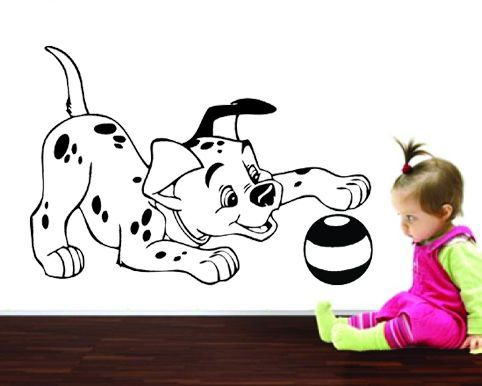 Sticker decorativ Dalmatianul si mingea