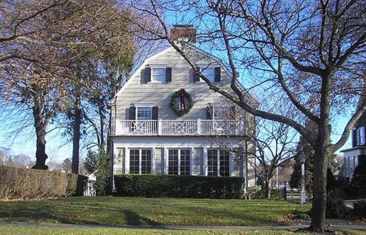 11 véritables maisons hantées à vendre!