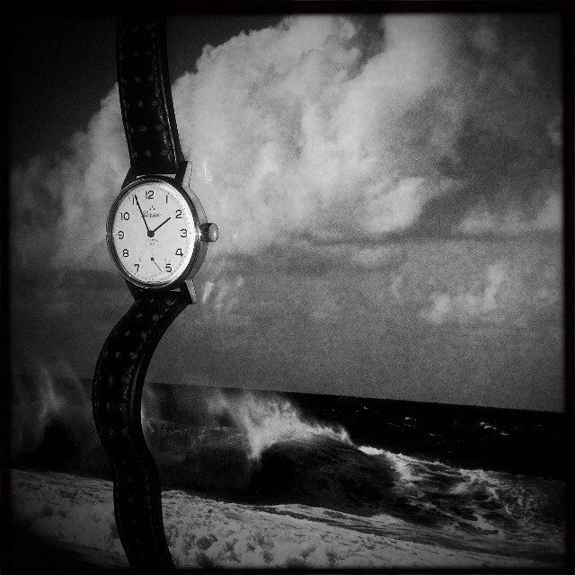 D'estate si lavora al mare! Foto di @simone_settimo #InstaDaily #FilmIsAlive #CameraOscura #analog #lab #FollowTheWhale